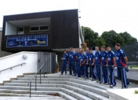 england-team-at-new-entrance_web-300x217.jpg